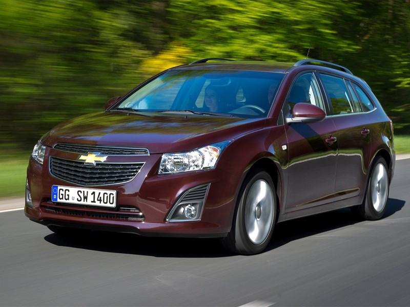Премьера Chevrolet Cruze нового поколения откладывается на год