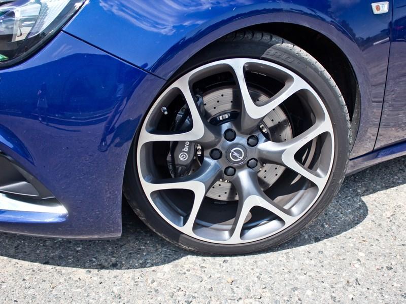 Opel Astra OPC 2013 20-дюймовые диски