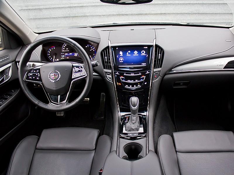 Cadillac ATS 2012 водительское место 2