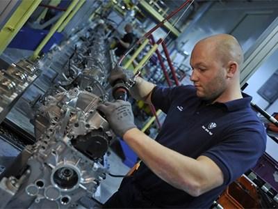 Компания BMW построит завод по производству двигателей в Северной Америке и новый автозавод