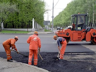 Власти Москвы уверяют, что столичные дороги стали в десять раз лучше