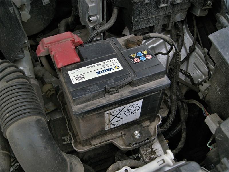 Suzuki SX4 2016 моторный отсек
