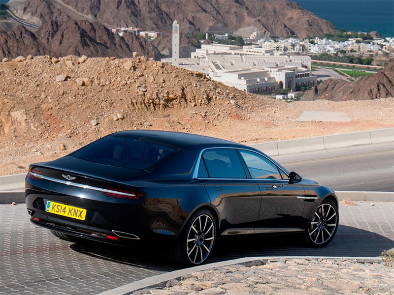 Aston Martin Lagonda 2015 вид сзади сбоку