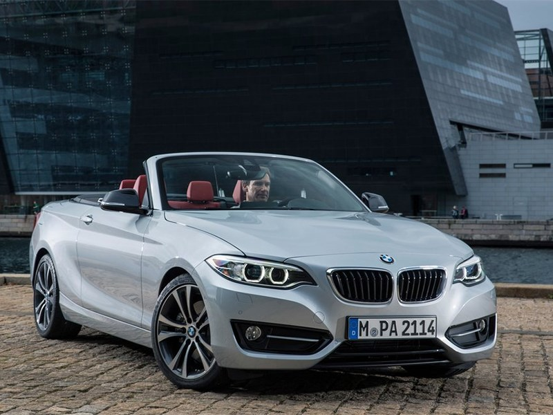 BMW 2 Series Convertible 2014 вид спереди