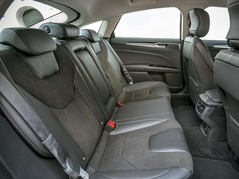 Ford Modeo 2013 задний диван
