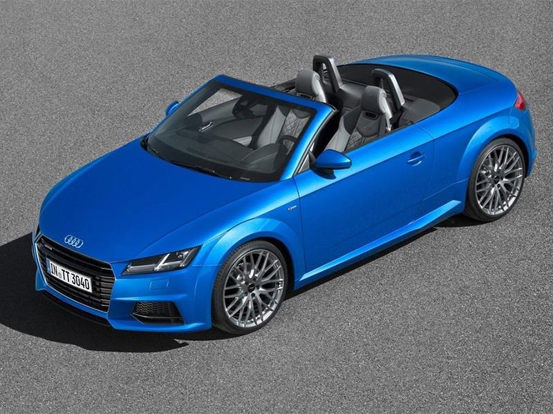 Audi TT Roadster 2015 вид сверху