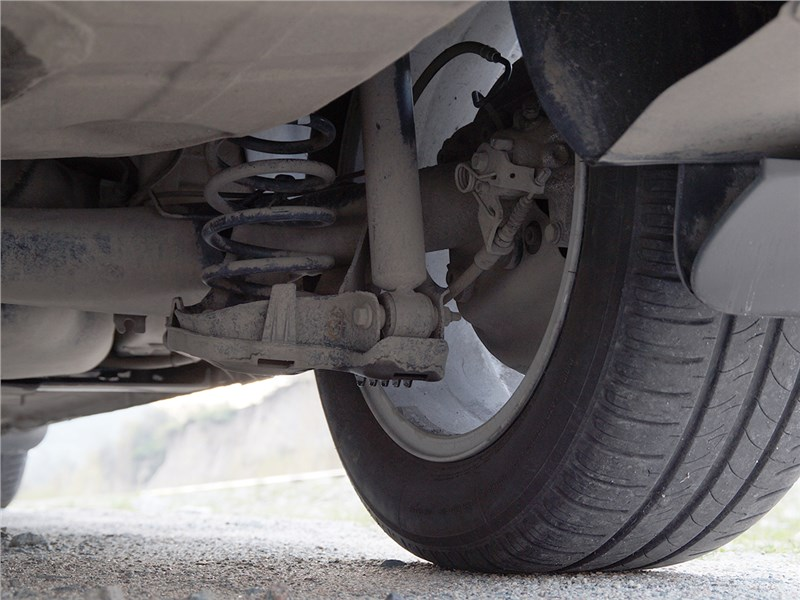 Peugeot 408 2012 задняя подвеска