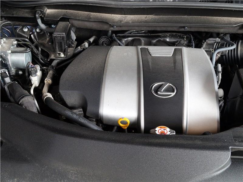 Lexus RX 350L 2018 двигатель