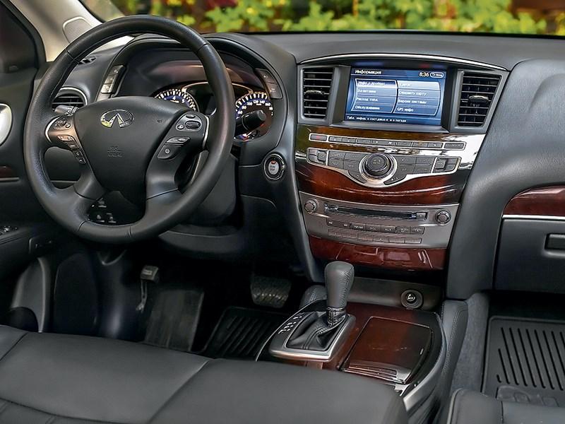 Infiniti QX60 Hybrid 2015 водительское место