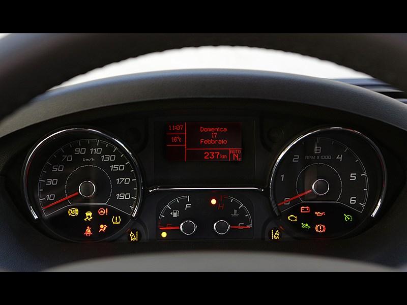 Fiat Ducato 2015 приборная панель