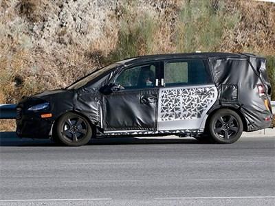Ford Galaxy нового поколения дебютирует в Женеве