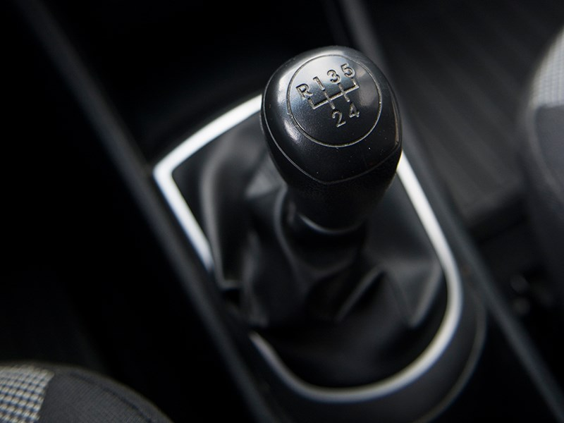 Hyundai Solaris 2012 5МКПП
