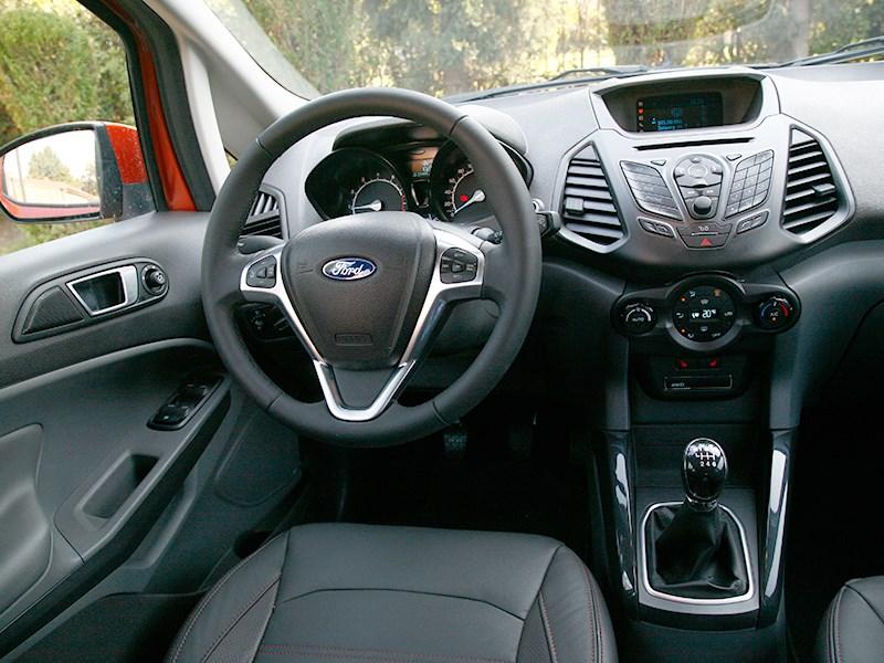 Ford EcoSport 2013 водительское место