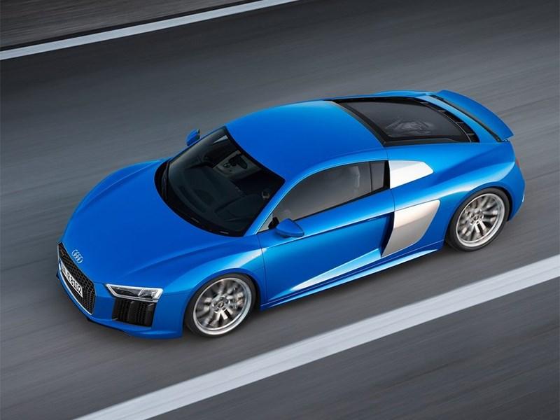 Audi R8 2016 вид сверху
