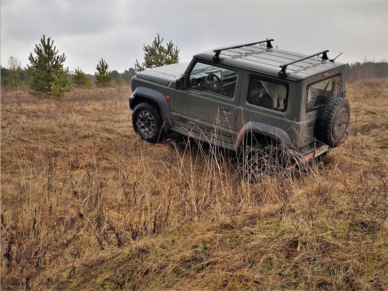 Suzuki Jimny 2019 вид сзади