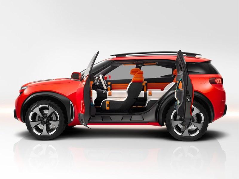 Citroen Aircross Concept 2015 вид сбоку с открытыми дверями