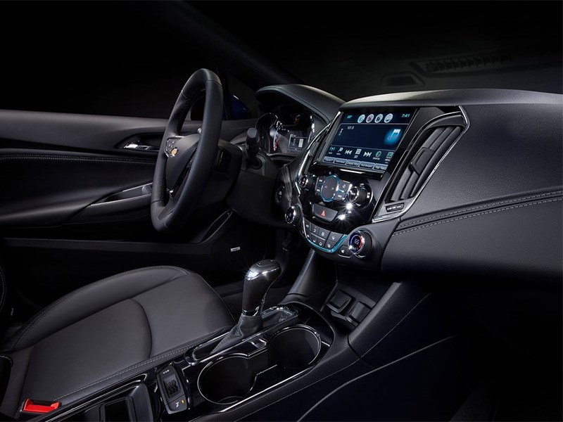 Chevrolet Cruze 2015 салон