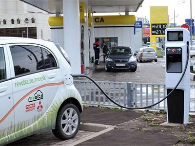 На российских АЗС разрешили устанавливать зарядки для электрокаров