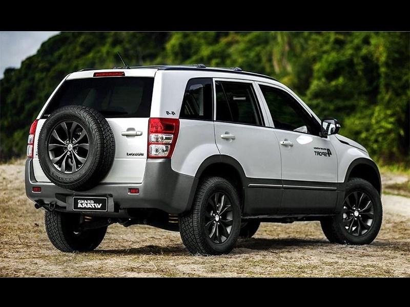 Suzuki Grand Vitara 4Sport 2015 вид сзади