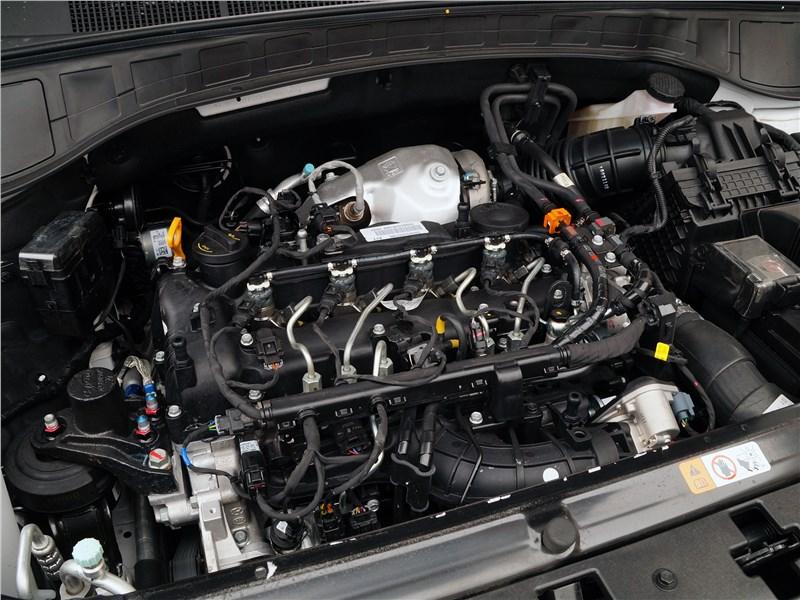 Hyundai Santa Fe 2015 двигатель