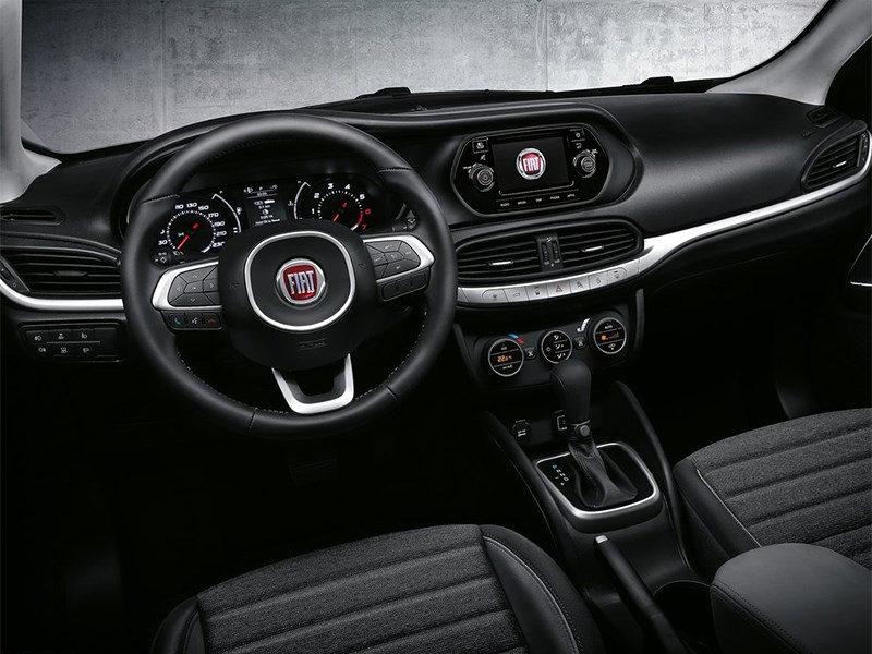 Fiat Tipo 2016 салон