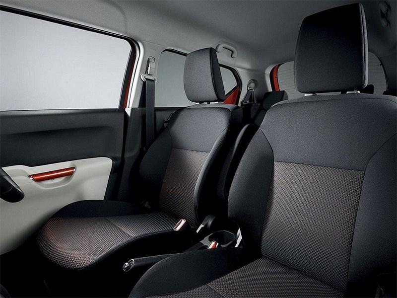 Suzuki Ignis 2016 кресла