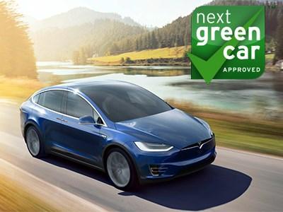 Приз за инновационные технологии в сфере «зеленых» автомобилей получил Tesla Model X