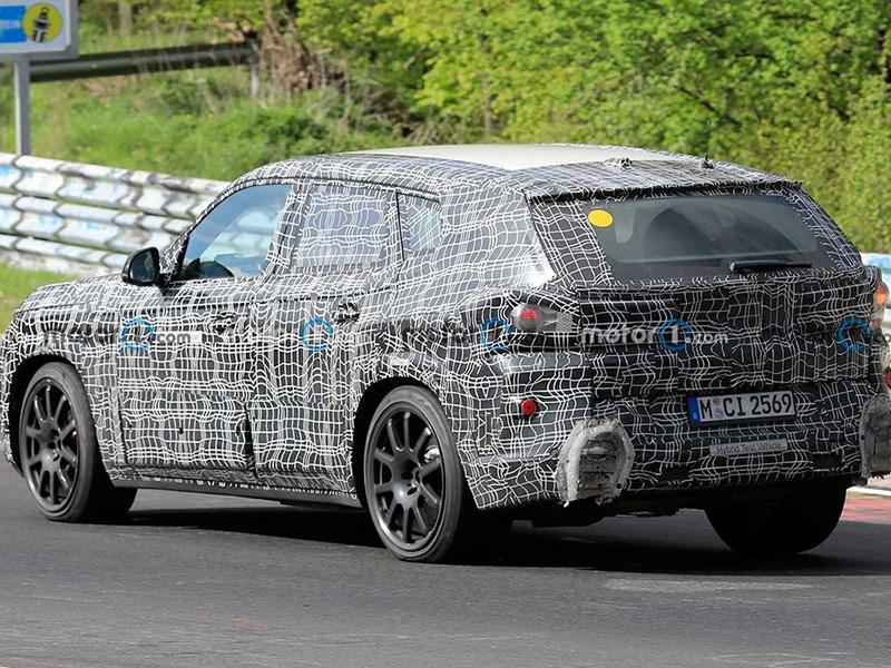 BMW тестирует новый X8M