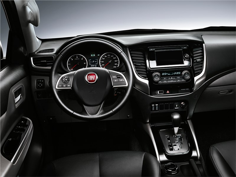 Fiat Fullback 2016 салон