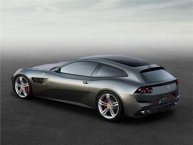 Ferrari GTC4 Lusso 2016 вид сзади сбоку
