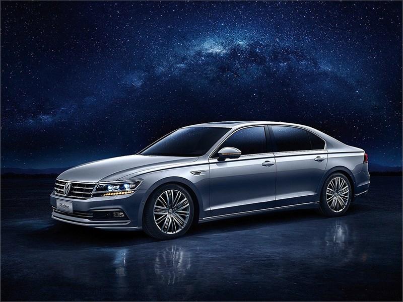Volkswagen представил в Женеве новый седан Phideon