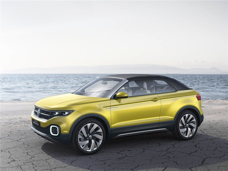 Volkswagen T-Cross Breeze Concept 2016 вид спереди сбоку