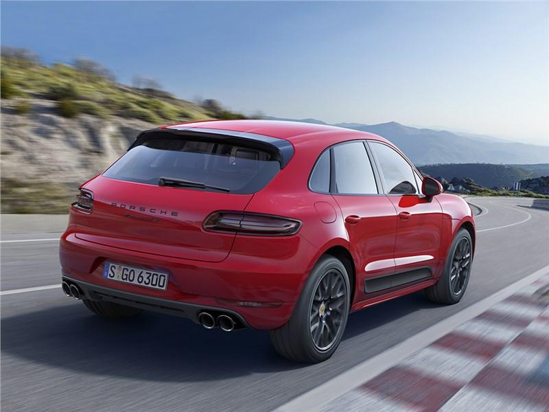 Porsche Macan GTS 2017 вид сзади