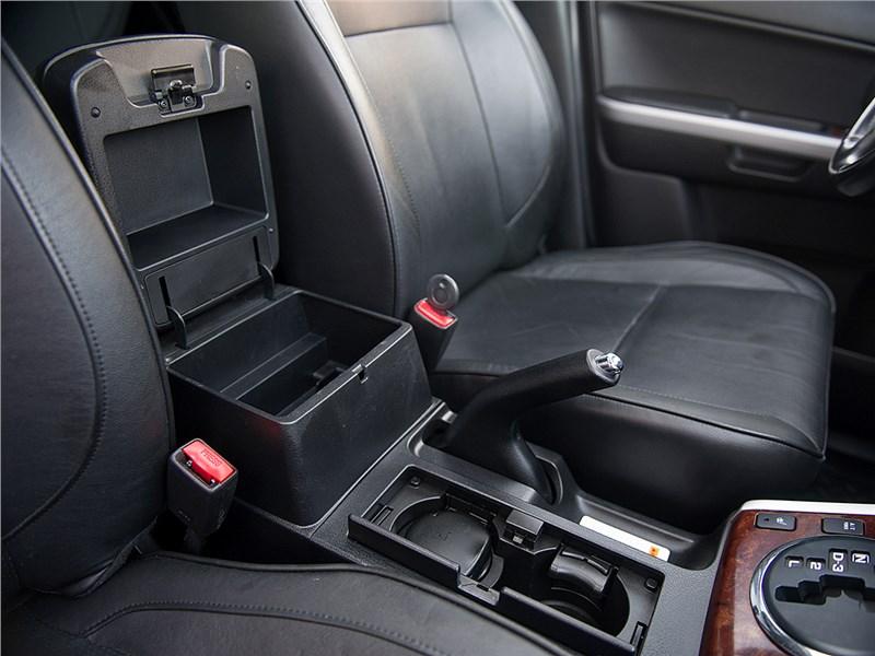 Suzuki Grand Vitara 2009 передние кресла