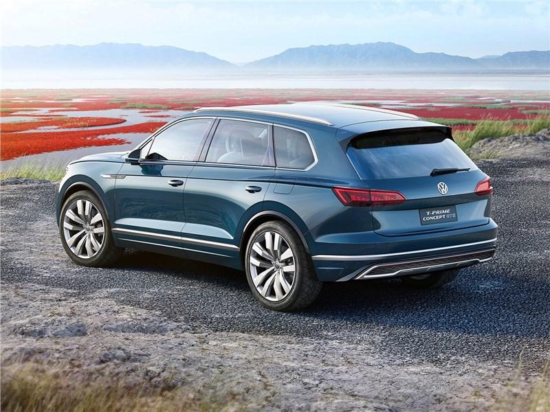 Volkswagen T-Prime Concept GTE 2016 вид сбоку сзади