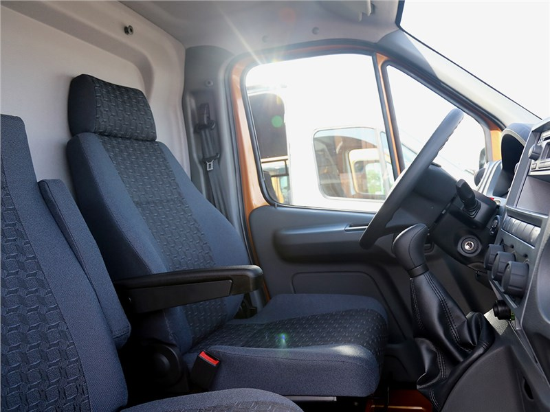 Gazel Next 2016 кресла водителя и пассажира