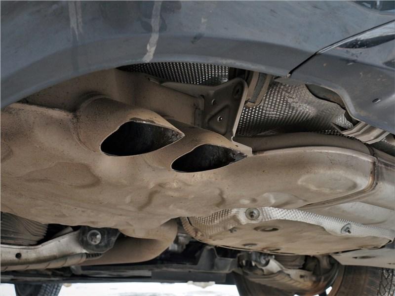 Audi A6 allroad quattro (2020) патрубки глушителя