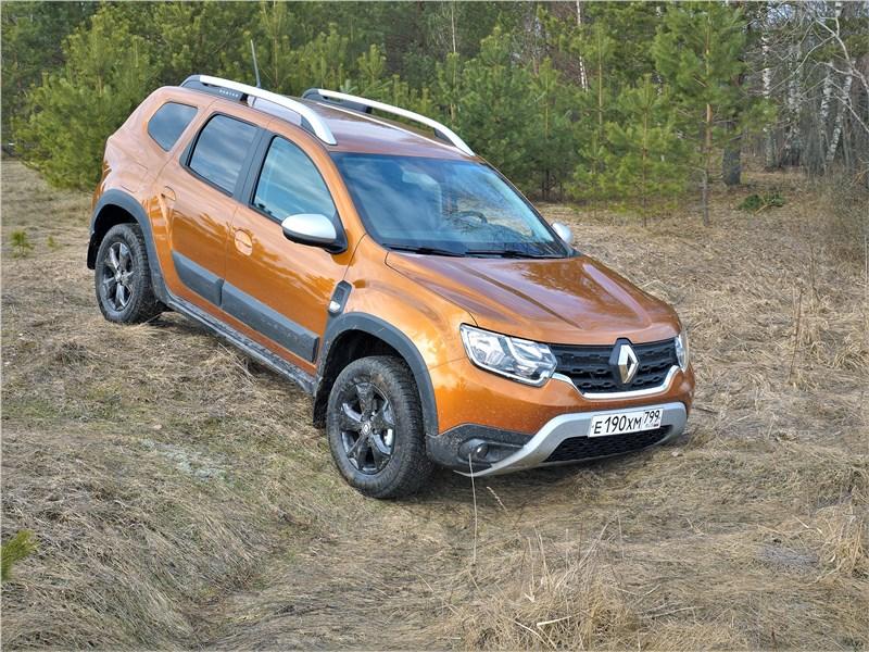 Renault Duster (2021) вид сбоку