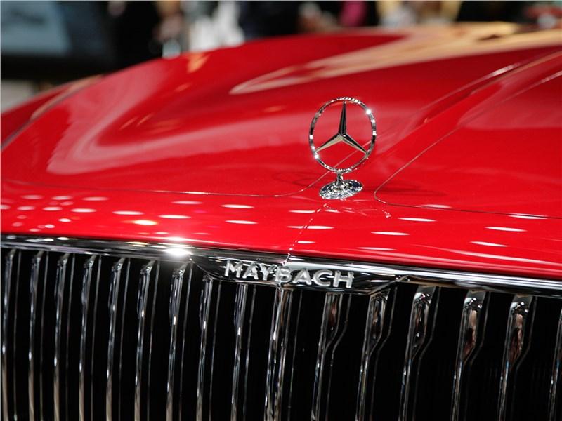 Vision Mercedes-Maybach 6 2016 капот