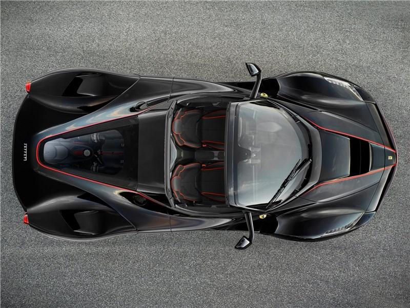 Ferrari LaFerrari Aperta 2017 вид сверху