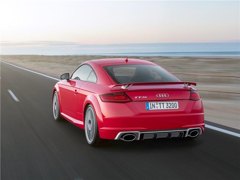 Audi TT RS Coupe 2017 вид сзади
