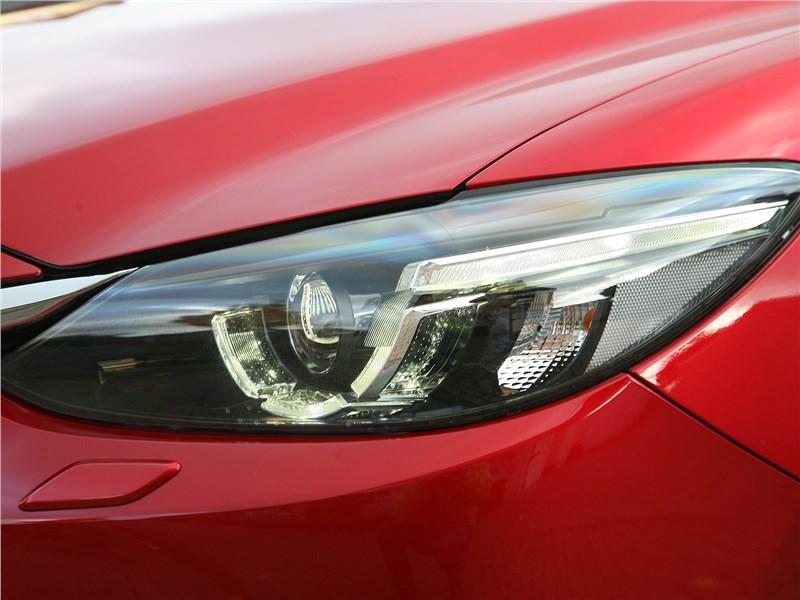 Mazda 6 2016 передняя фара