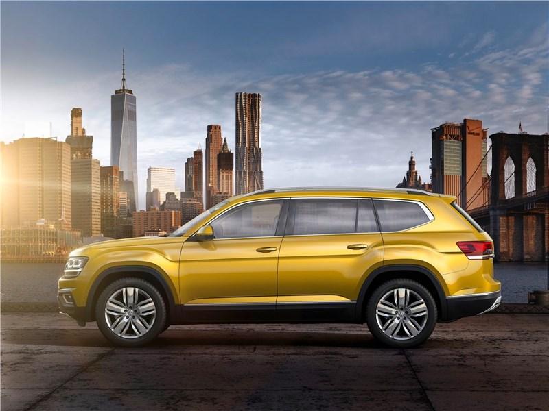 Volkswagen Atlas 2018 вид сбоку