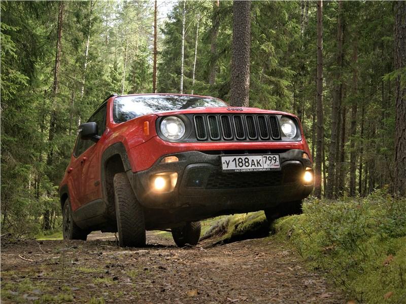 Jeep Renegade 2019 вид спереди