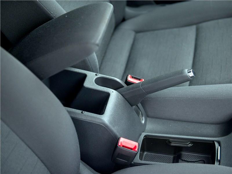 Volkswagen Golf 2003 передние кресла
