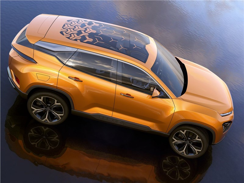 Tata H5X Concept 2018 вид сбоку сверху