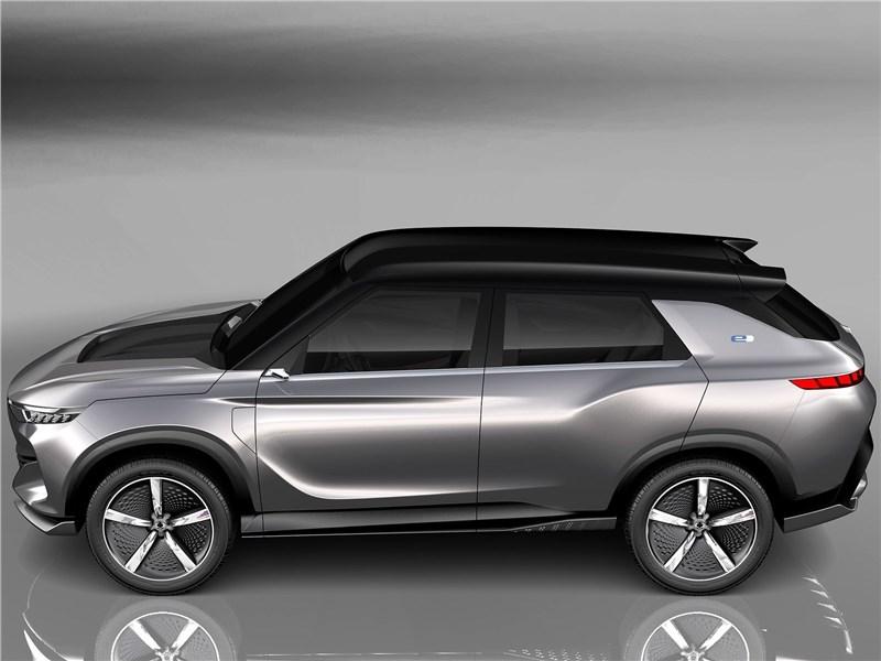 SsangYong e-SIV EV Concept 2018 вид сбоку сверху