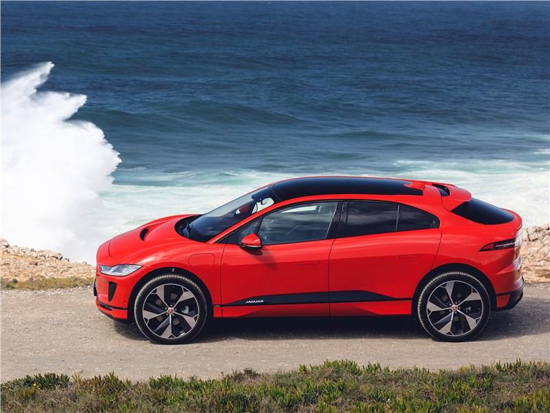 Jaguar I-Pace 2019 вид сбоку