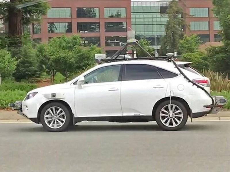 Беспилотный автомобиль с системой Apple попал в ДТП Фото Авто Коломна