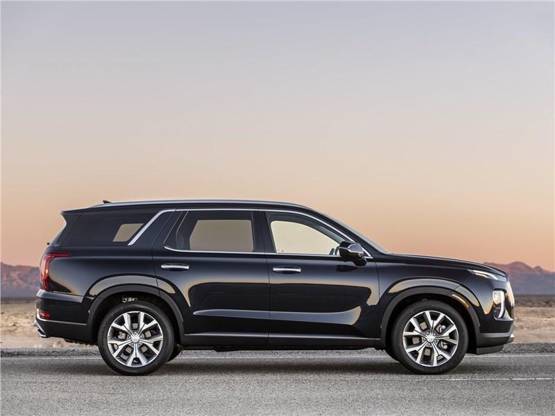 Hyundai Palisade 2020 вид сбоку